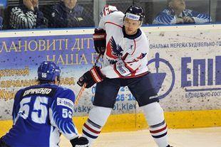 Холан переманил в Австрию еще одного украинского хоккеиста