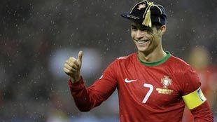 Роналду провел 100 матчей за сборную и получил приз