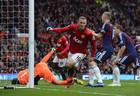 Дежурные победы двух Манчестеров и триумф Ливерпуля