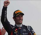 Уэббер остается в Red Bull Racing в 2013-м году
