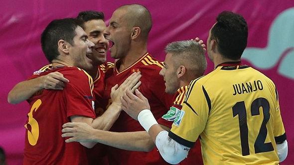 ЧМ-2012. 1/4 финала. Испания - Россия – 3:2 + ВИДЕО