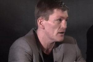 Сенченко не пришел на пресс-конференцию к Хаттону
