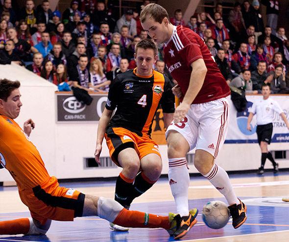 Всего один гол – и команда Олега Зозули теряет лидерство