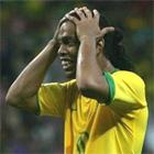 Роналдиньо обиделся на Барсу