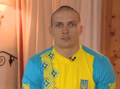Усик и Кличко посвящают свои поединки Украине