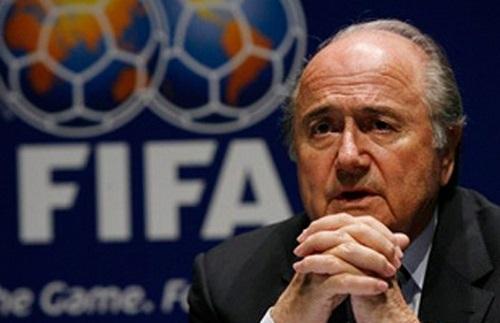 Блаттер против видеоповторов в футболе