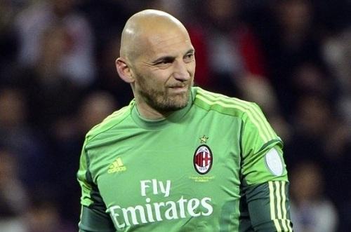 Аббьяти продлил контракт с Миланом