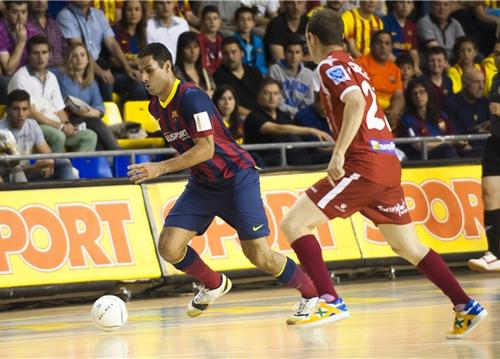 Барселона Алуспорт выходит вперед в серии против Эль Посо