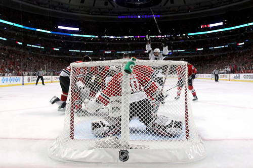 НХЛ. Чикаго сократил отрыв в серии. Матч среды