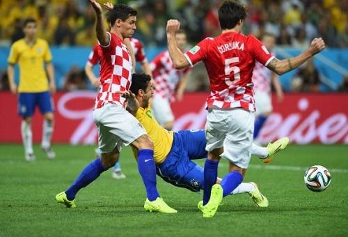 Деян ЛОВРЕН: «Так вручите Бразилии кубок сразу!»