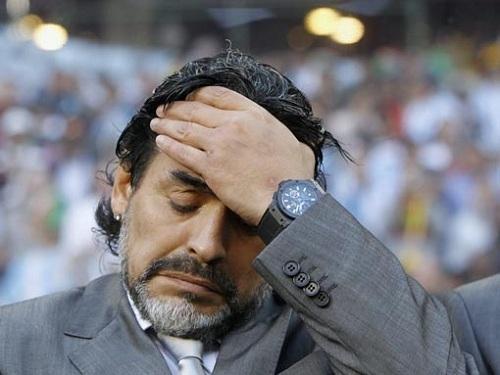 Марадону не пустили на матч Аргентины