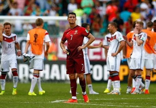 Врач: еще один матч может поставить крест на карьере Роналду