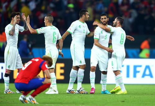 Алжир без особых проблем обыгрывает Южную Корею