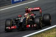 Lotus может перейти на моторы Mercedes в 2015 году