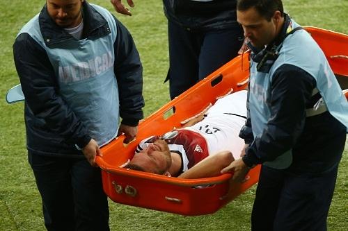 Защитник сборной Германии выбыл до конца мундиаля