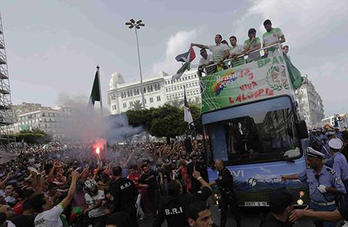 Алжир на родине встретили как героев