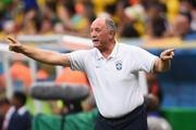 Луис Фелипе СКОЛАРИ: «Покинул бы сборную в любом случае»
