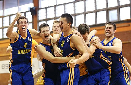 Молодежная сборная Украины стала третьей на ЧЕ по баскетболу