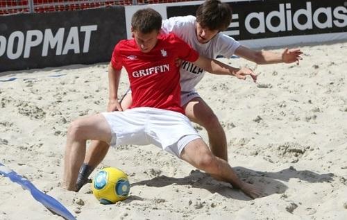 Пляжный футбол Киева: медальные матчи субботы