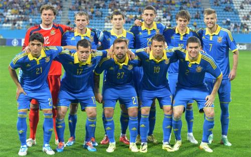 На матч Украина - Молдова продано 8 тысяч билетов