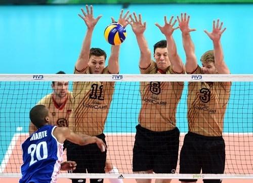 Уверенные победы волейболистов Бразилии, России и Китая