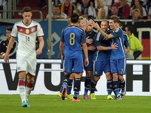 Аргентина мстит Германии за финал ЧМ-2014