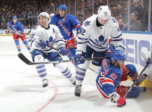 НХЛ. Торонто и Лос-Анджелес побеждают. Матчи воскресенья