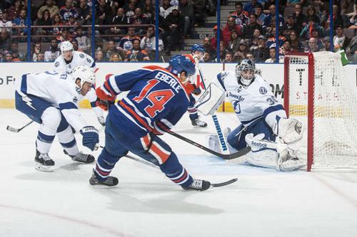 НХЛ. Эдмонтон обыграл Тампу-Бэй. Матч понедельника