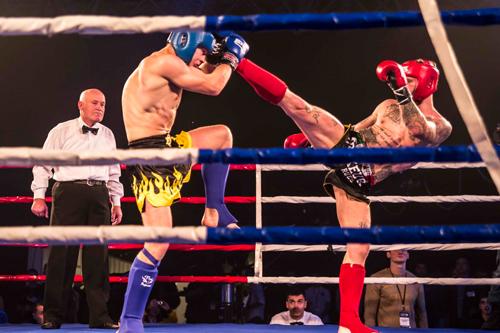В Киеве прошел турнир по кикбоксингу «Плечом к плечу»