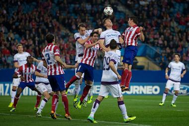 Группа G. Атлетико громит Аустрию и выходит в плей-офф+ВИДЕО