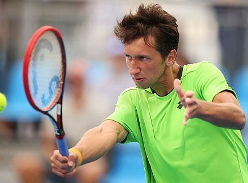 Сергей Стаховский стал полуфиналистом турнира в Сиднее