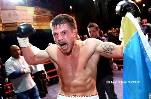 Евгений Хитров готовится ко второму бою на профи-ринге