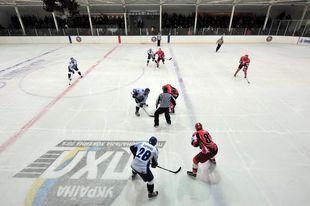 Чемпионат Украины в сентябре не стартует