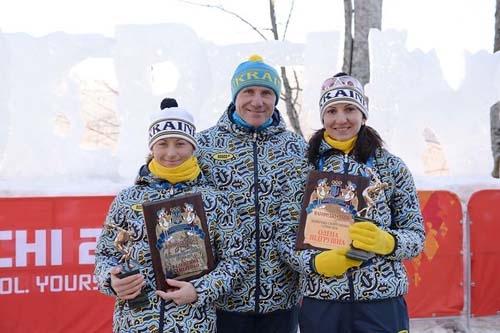 Пидгрушная и Валя Семеренко получили награду из рук Бубки