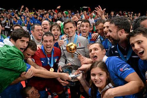 Финал ЧЕ-2014: фантастика из Италии