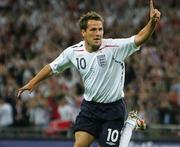 Майк ОУЭН: «Во Франции сильно увлечены футболом»