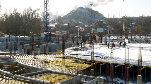 Строительство Кальмиус Арены идет полным ходом