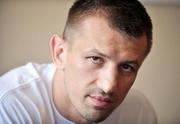 Томаш АДАМЕК: «Опыт Кличко нивелирует скорость Дженнингса»