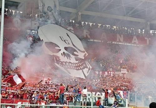 Фанаты Торино атаковали автобус Ювентуса