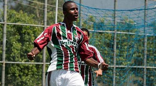 Челси, Барса и МЮ интересуются 17-летним бразильцем