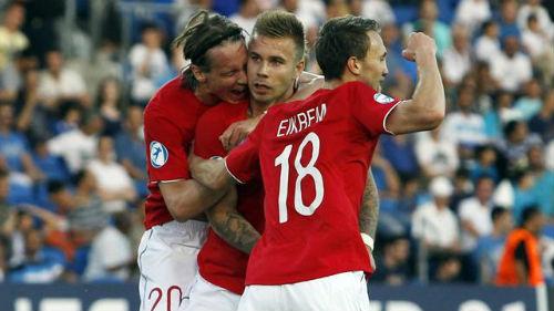 Группа Н. Азербайджан дома уступает Норвегии