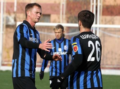 Черноморец провел товарищеский матч с Жемчужиной