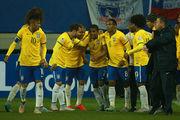 Дуглас Коста приносит Бразилии победу в матче с Перу