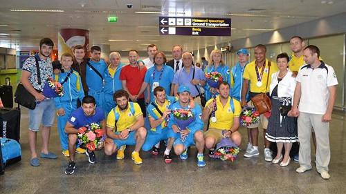 ЕИ. Первые украинские медалисты вернулись домой