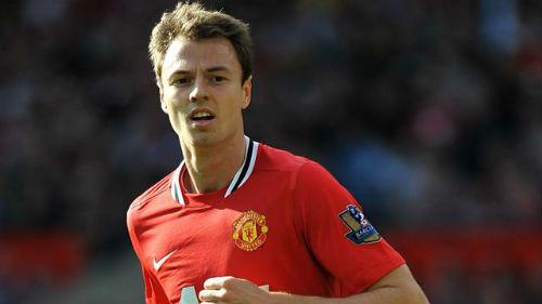 Манчестер Юнайтед продает Эванса за £10 миллионов