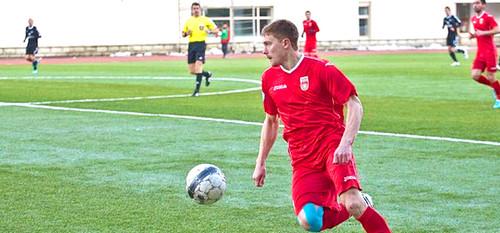 Украинский защитник подписал контракт с российским клубом