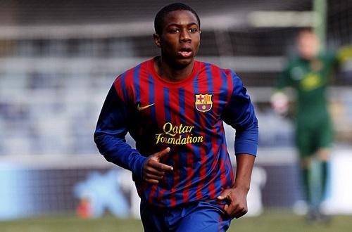 Траоре продлил контракт с Барселоной