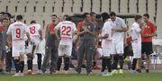 Коноплянка отыграл тайм за Севилью в матче с АЕКом