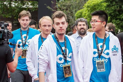 Команда Cloud9 расформирована!