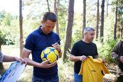 Тренер и игроки Металлиста посетили базу Азова